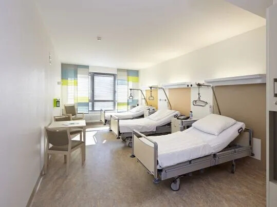 Forbo_St_Vincenz_Krankenhaus_Paderborn_539x404(2)