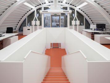 Stadtarchiv in Karlsruhe - Gänge und Treppen mit Forbo Linoleum