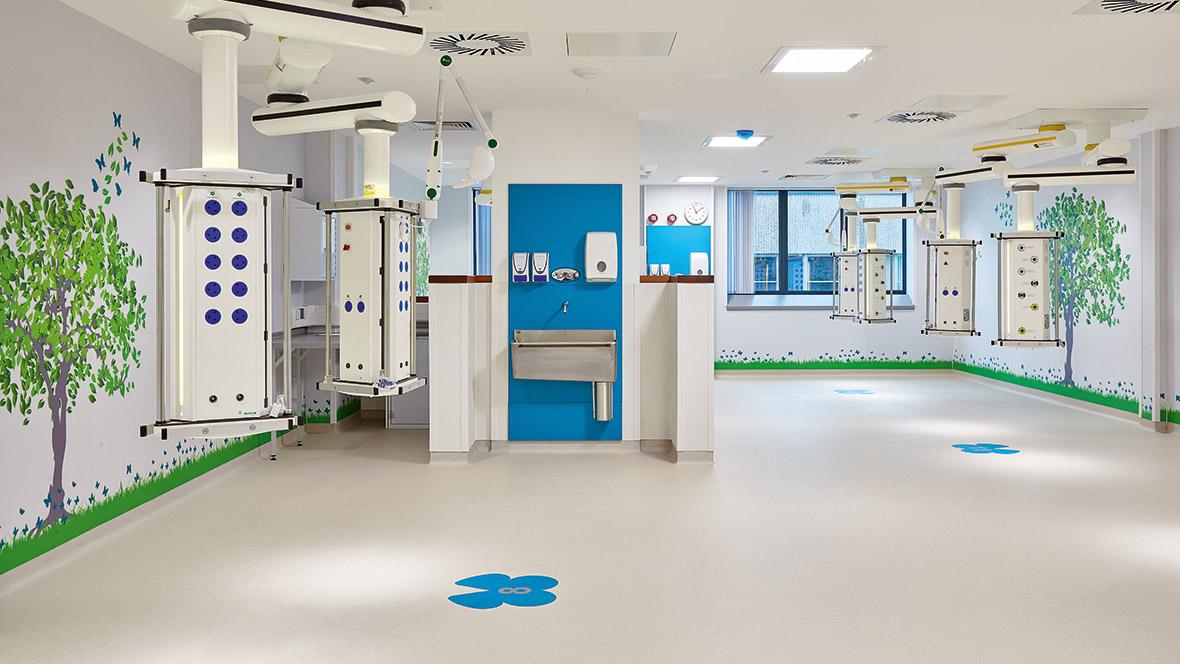 Glan Clwyd hospital UK - white homogeneous vinyl flooring