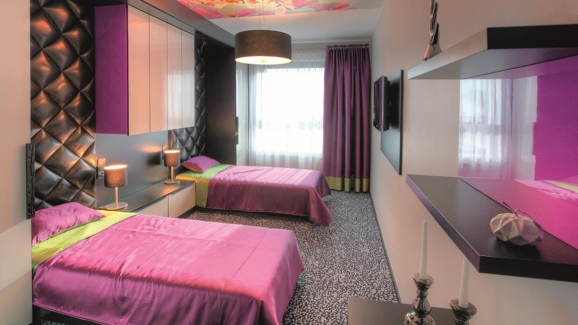 Hotel Villa Park Bedroom Flotex Vision