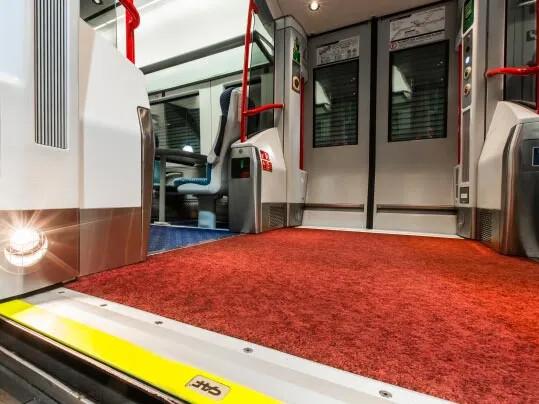 Revêtement de sol Coral pour trains | Forbo Flooring Systems