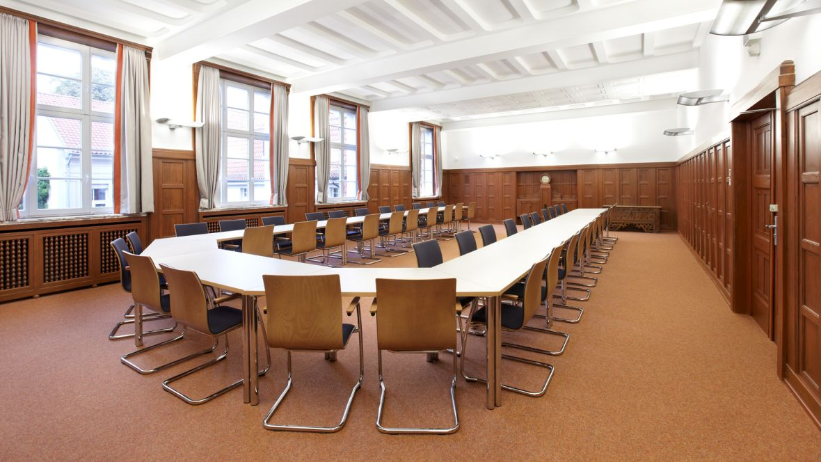 Maria-Lenssen-Berufskolleg Mönchengladbach Lehrerzimmer – Forbo Nadelvlies Forte