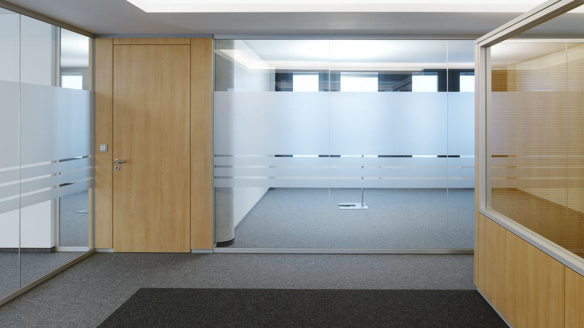 dSPACE GmbH Paderborn Büro mit Glaswand – Forbo Nadelvlies Forte