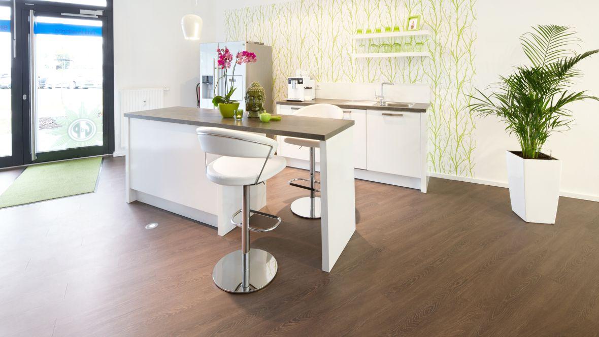 Signal Iduna Köln Moderner Küchentresen – Forbo Allura Wood