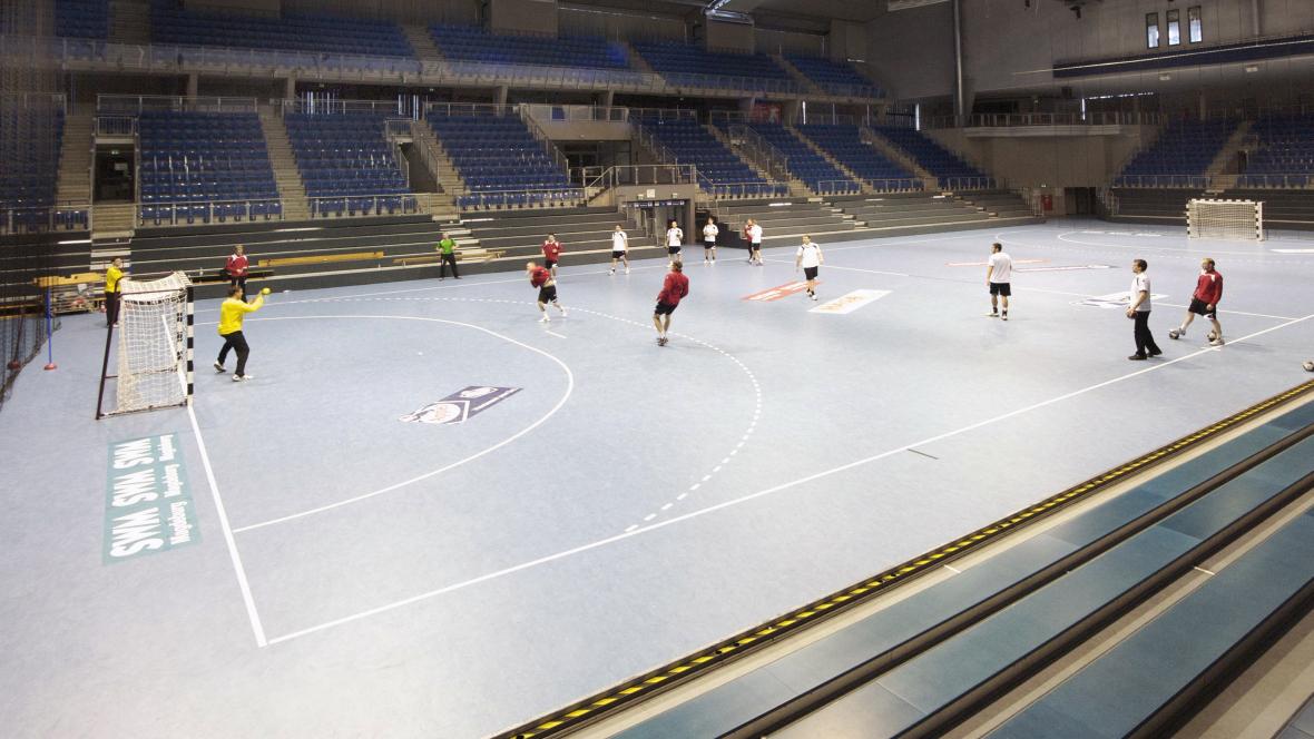 Bördelandhalle Magdeburg Handballspiel - Forbo Marmoleum Sport