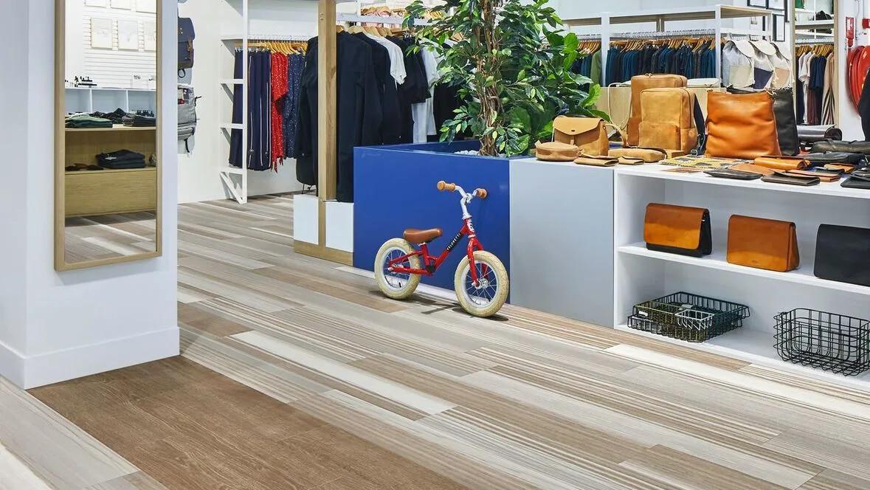 Retail environment with Allura Fusion floor designs
