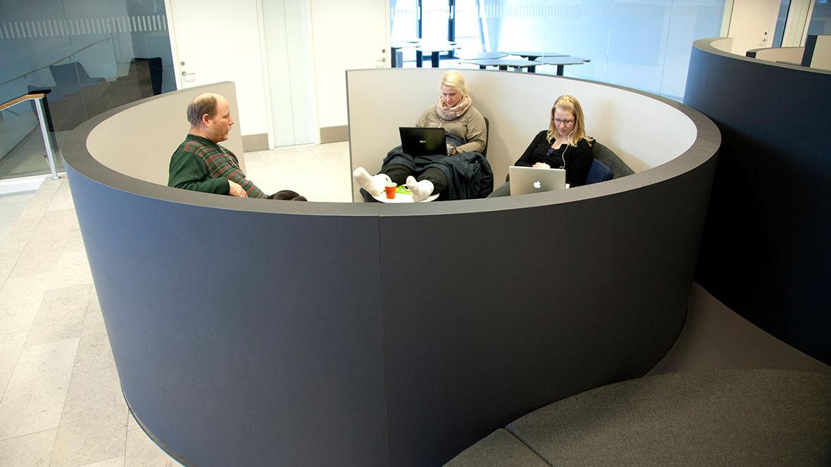 Social- og Sunhedsskolen Herning - Furniture Linoleum