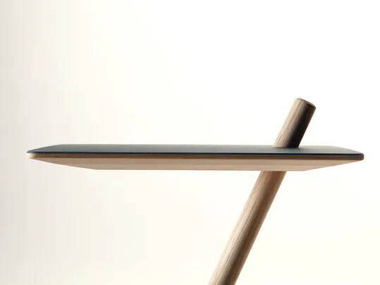 Revêtement Linoléum, Défi étudiant table pour maison | Forbo Flooring Systems