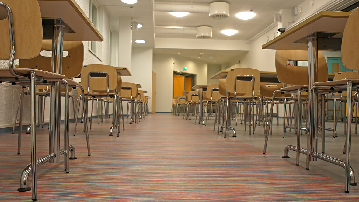 Ainiovaaran Koulu School Finland