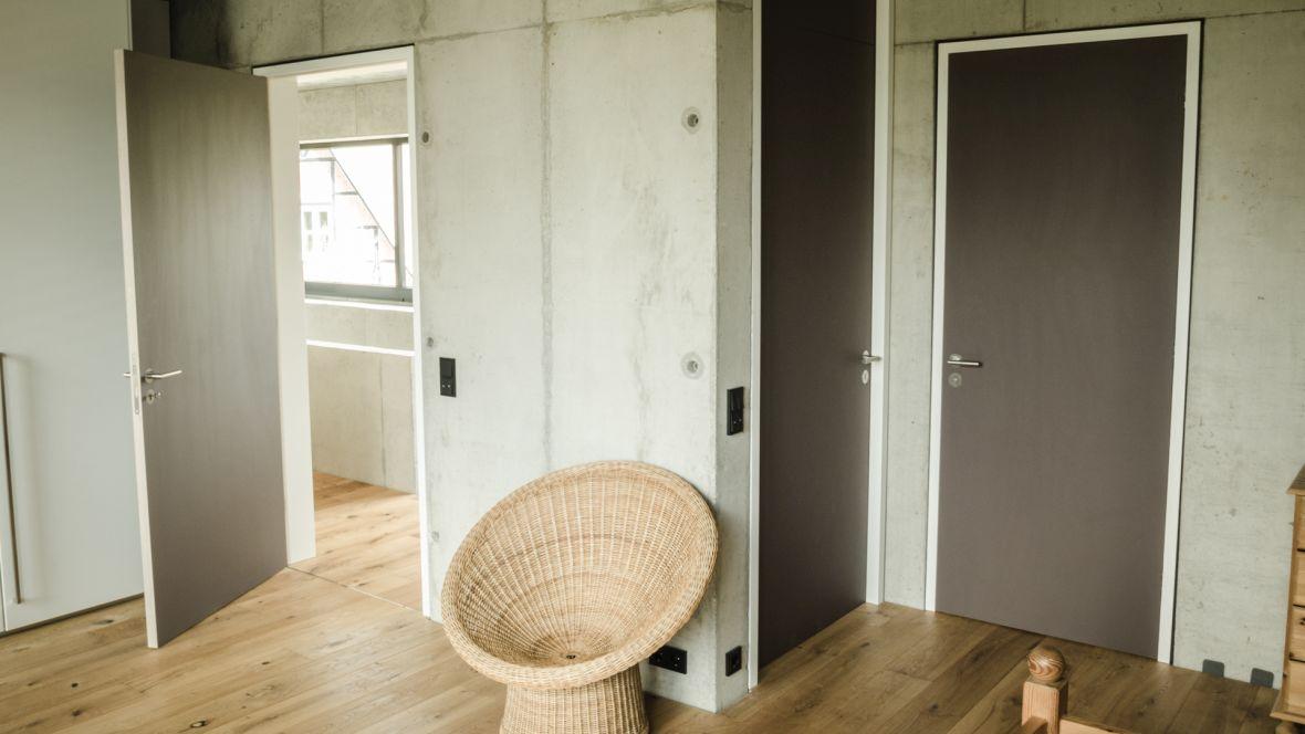 Türenprogramm Möbeltischlerei Marko Wust Geschlossene Tür– Forbo Furniture Linoleum