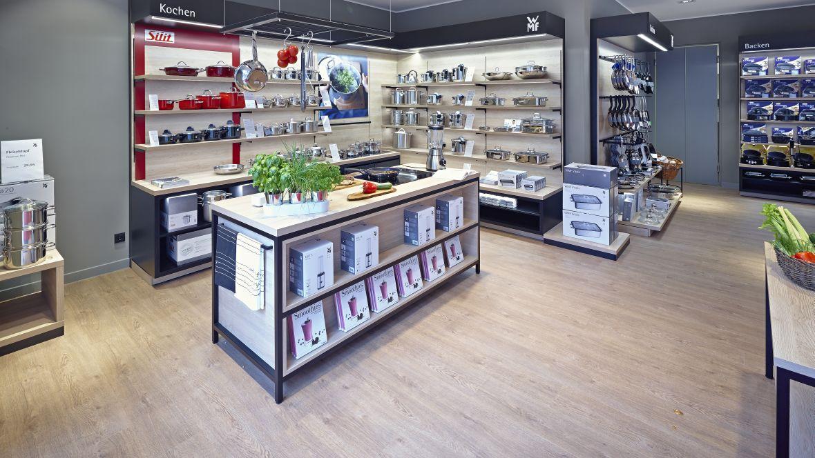 WMF in Münster Holzoptikboden im Laden – Forbo Allura Wood
