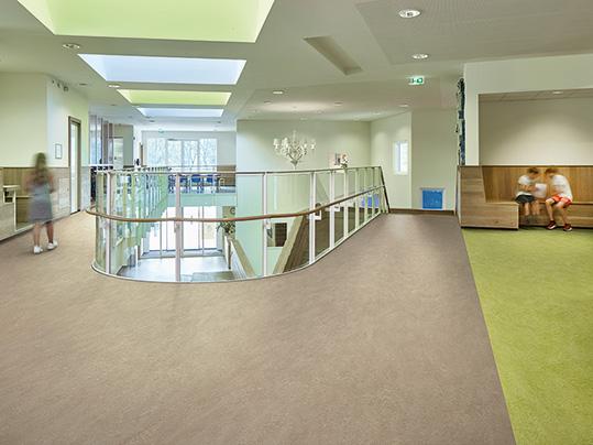 PVC free linoleum flooring for schools