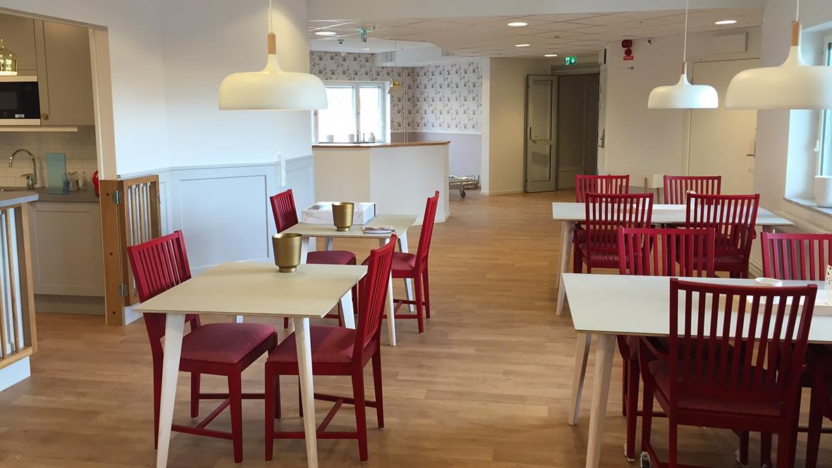 Silverpark äldreboende matsal med Eternal Decibel