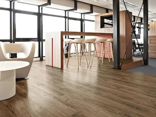 Revêtement de sol PVC en pose non collée lames et dalles | Forbo Flooring Systems