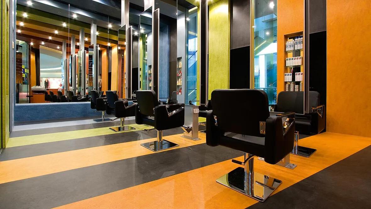 Marmoleum, Hairdresser