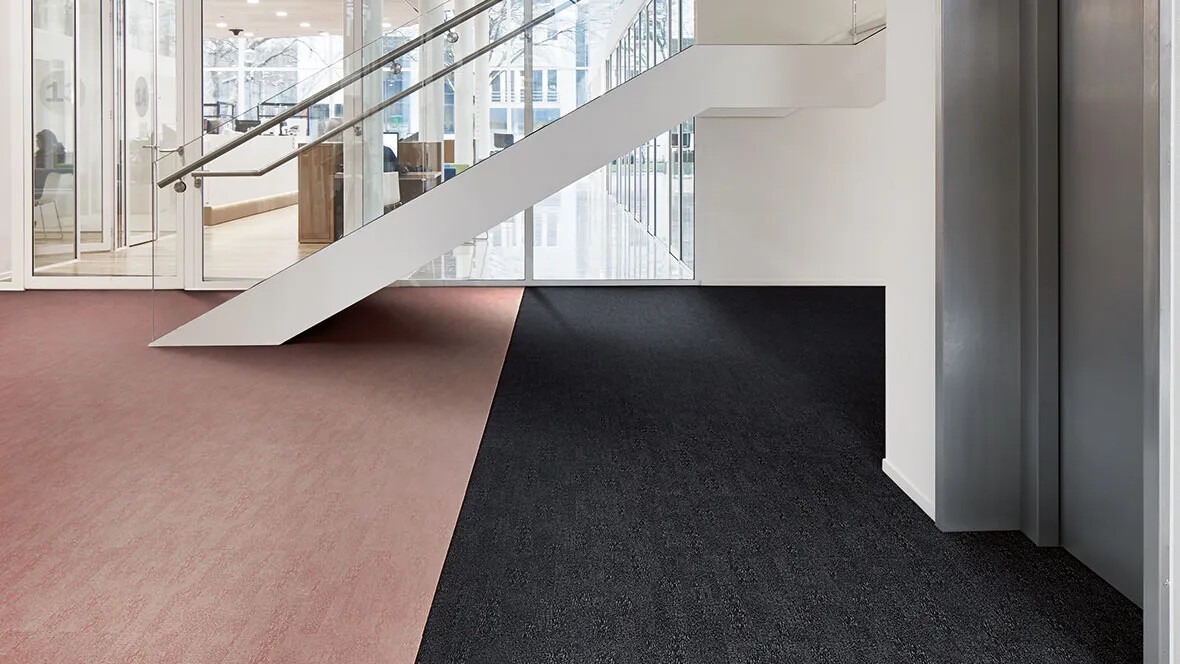 Flotex Colour tiles - 382001 Anthracite and 382016 Coral
