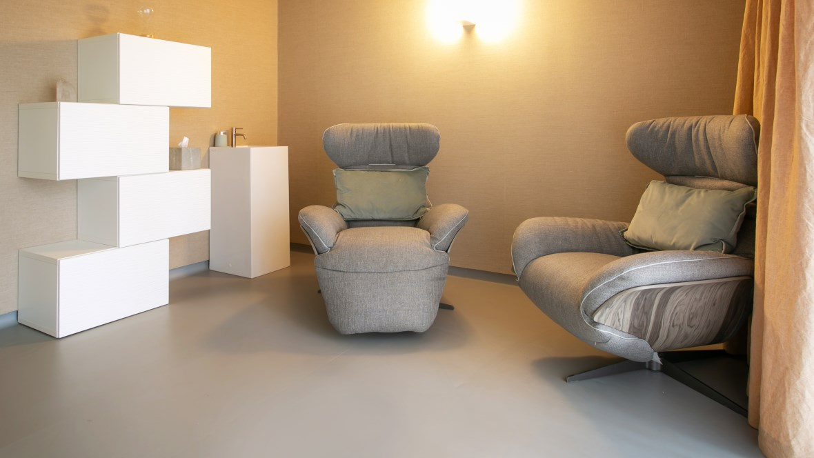 Avalon Wellbeing Centre Treatment Room Marmoleum Walton