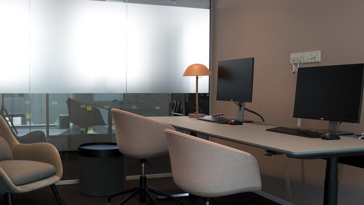 NOVOZYMES A/S - Furniture Linoleum