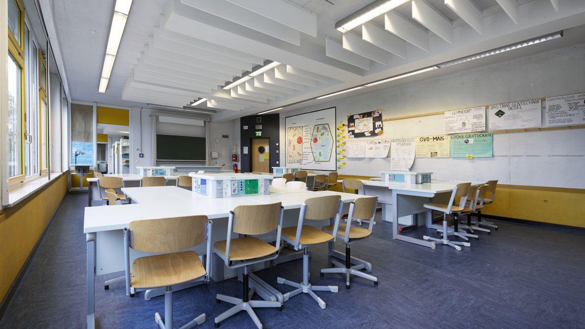 Gesamtschule Brühl - Europaschule Brühl Lehrraum – Forbo Linoleum Modular
