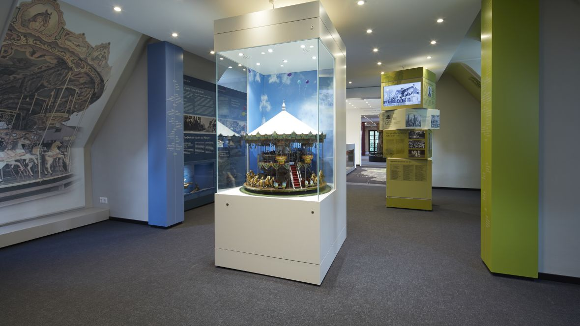 Heimatmuseum Dreieich Exponat von Karussell – Forbo Flotex Metro