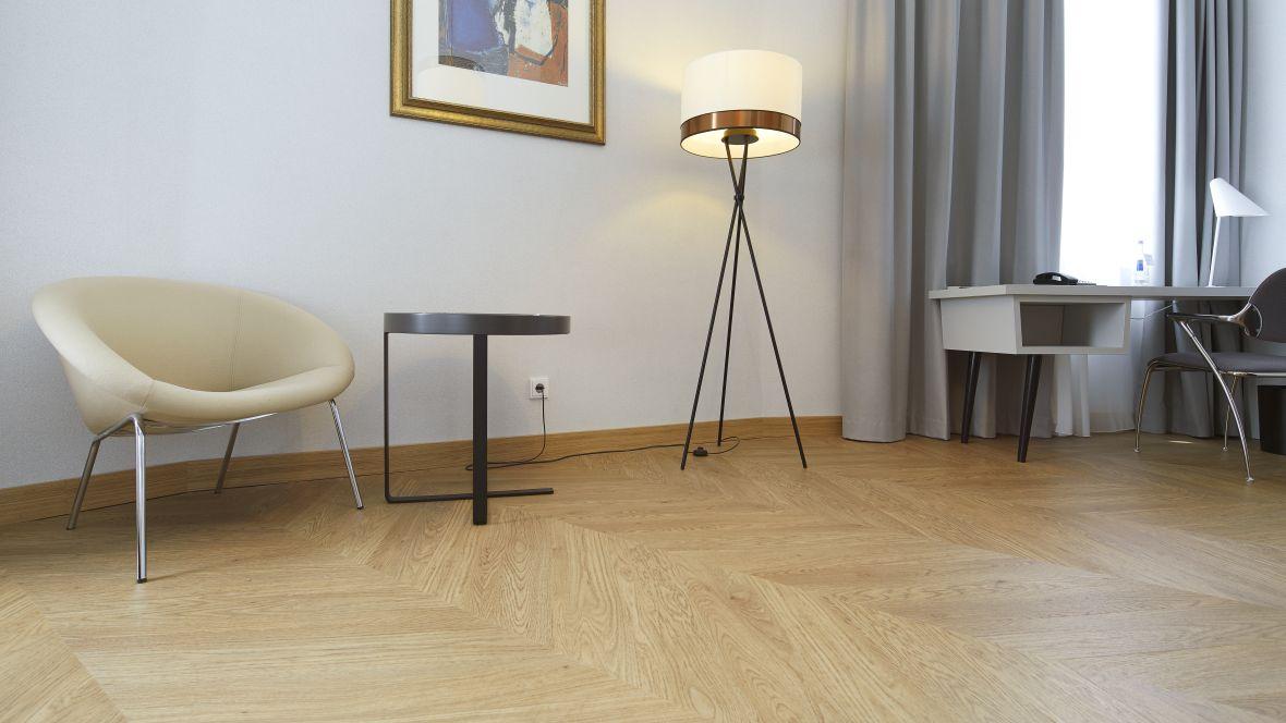 Forbo_Hotel-Le-Meridien_Frankfurt_Fotograf_Matthias-Groppe_Paderborn_1684_1180x664_(004).jpg