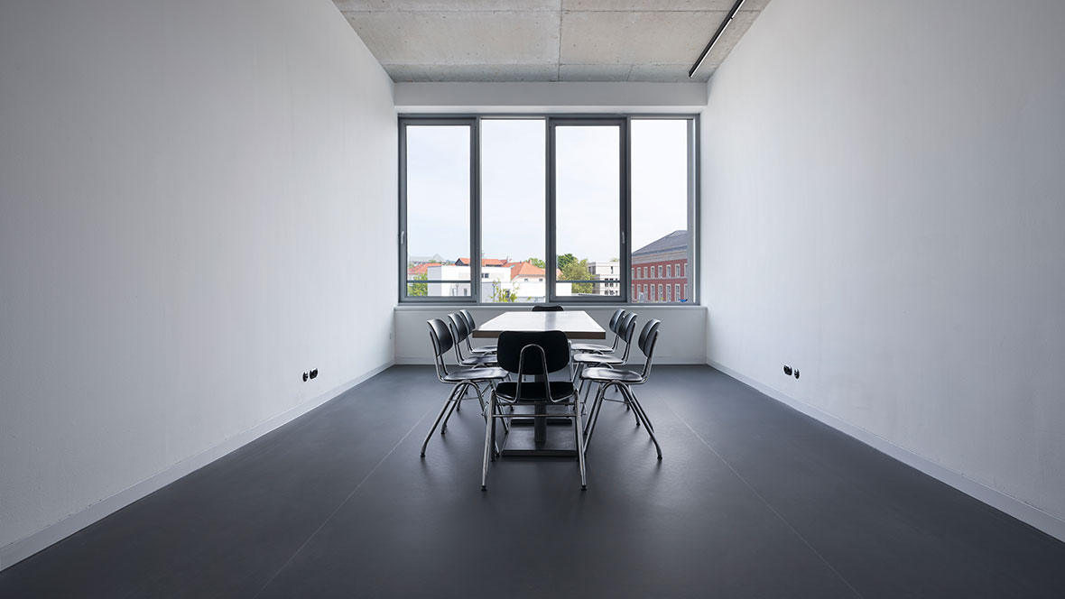 Bauhaus Museum Weimar Besprechungsraum - Forbo Marmoleum Walton