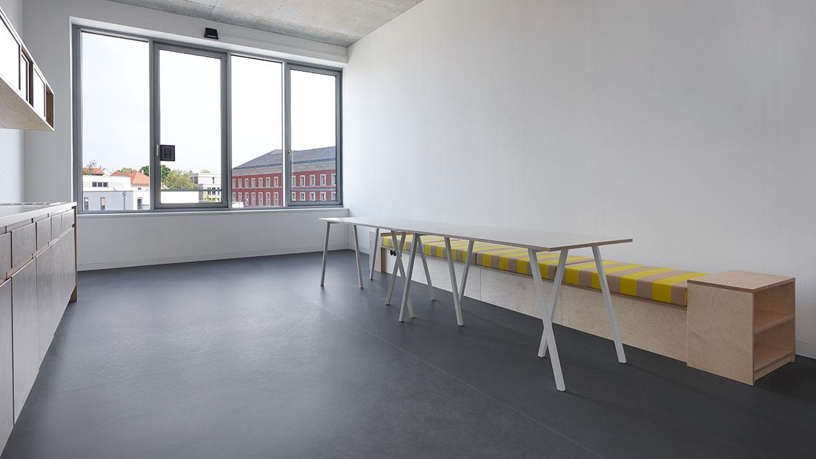 Bauhaus Museum Weimar Hygienischer Bodenbelag - Forbo Marmoleum Walton