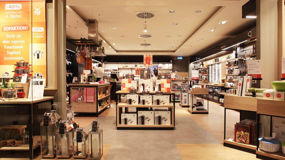 WMF Shop im OEZ München Blick in Shop – Forbo Allura Wood