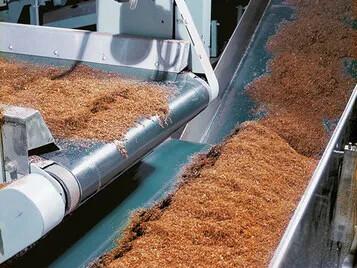 Due nuovi nastri trasportatori per la lavorazione pesante primaria e secondaria nell'industria del tabacco