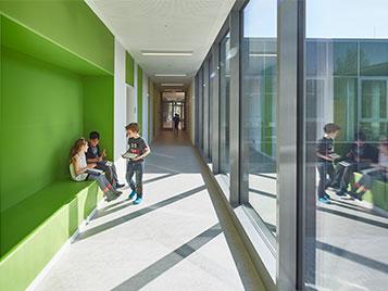 Flurbereiche der Grundschule Rahewinkel Hamburg, Fotograf: Ulrich-Hoppe