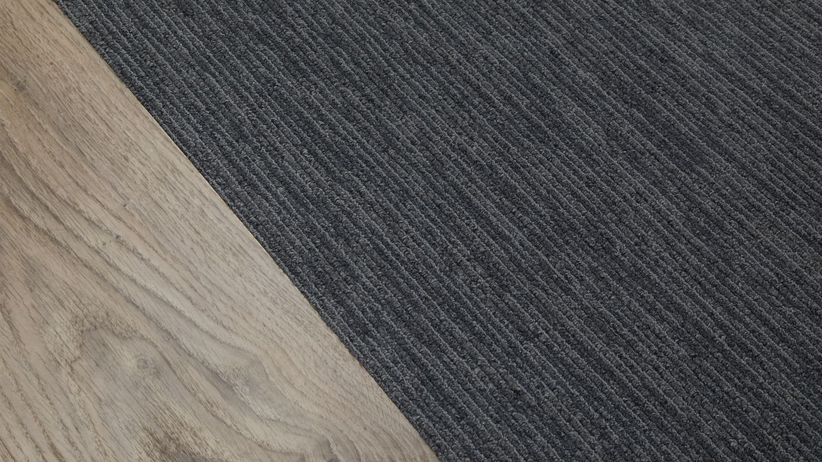 LG Store München Close-up Textil- und Designboden - Forbo Forbo Synergy Seagrass Allura Flex Wood