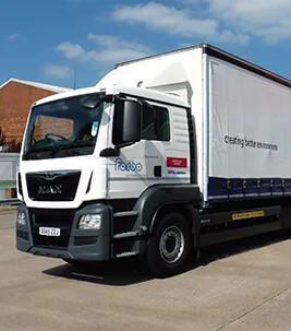 Services & logistics Truck Image