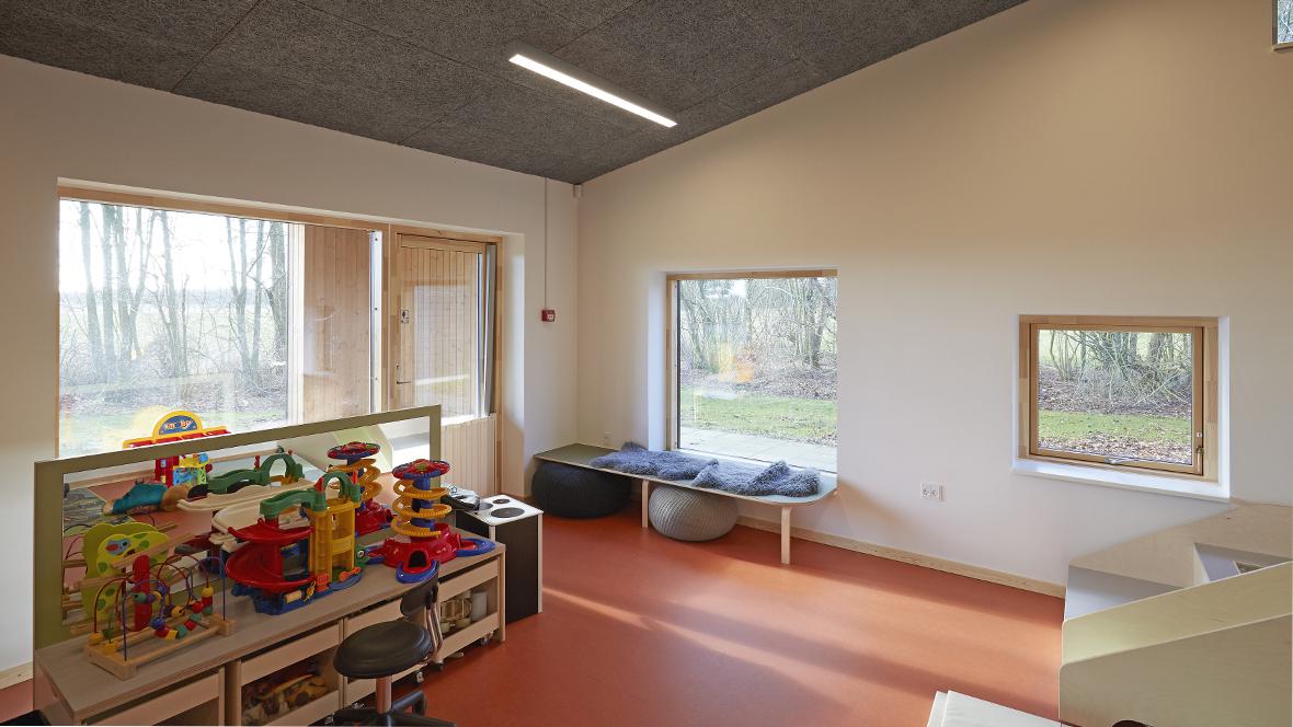 Børnehuset Myretuen - Marmoleum marbled, overview