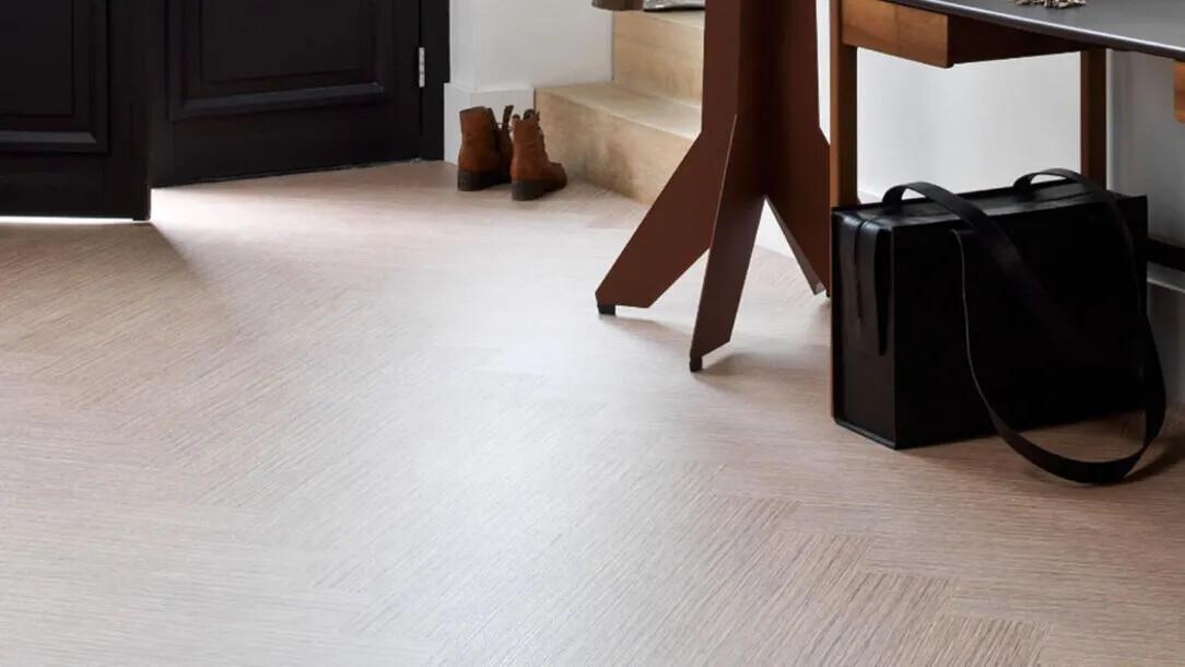 Revêtement de sol   Confort des sols souples   Forbo Flooring Systems