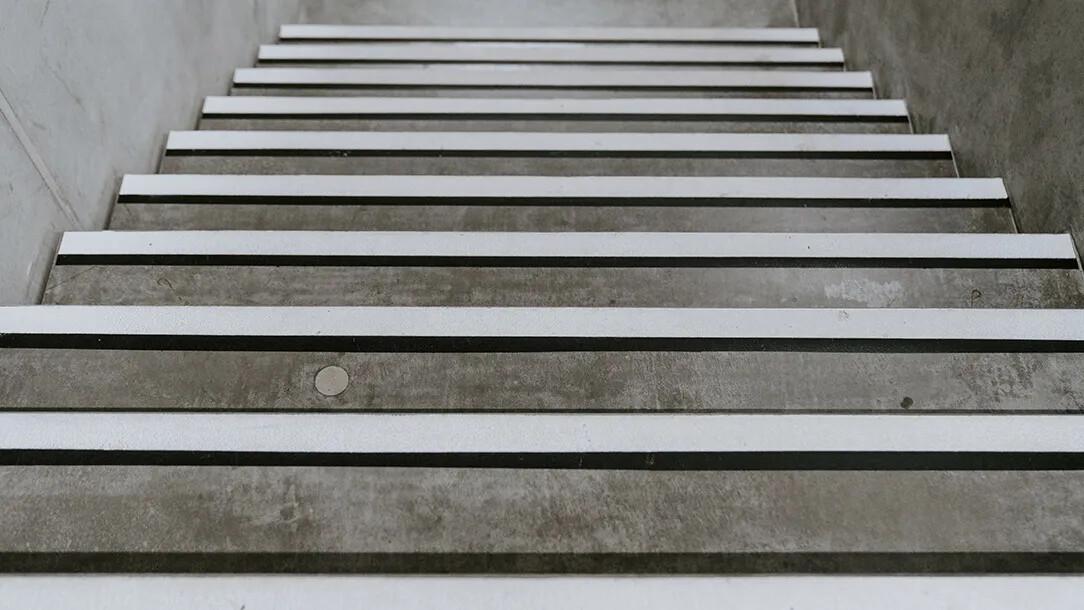 Revêtement de sol   Staircase escalier   Forbo Flooring Systems