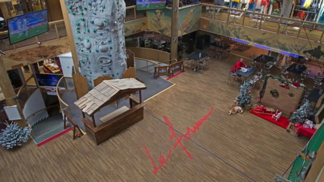 Revêtement de sol | Station de ski | Forbo Flooring Systems