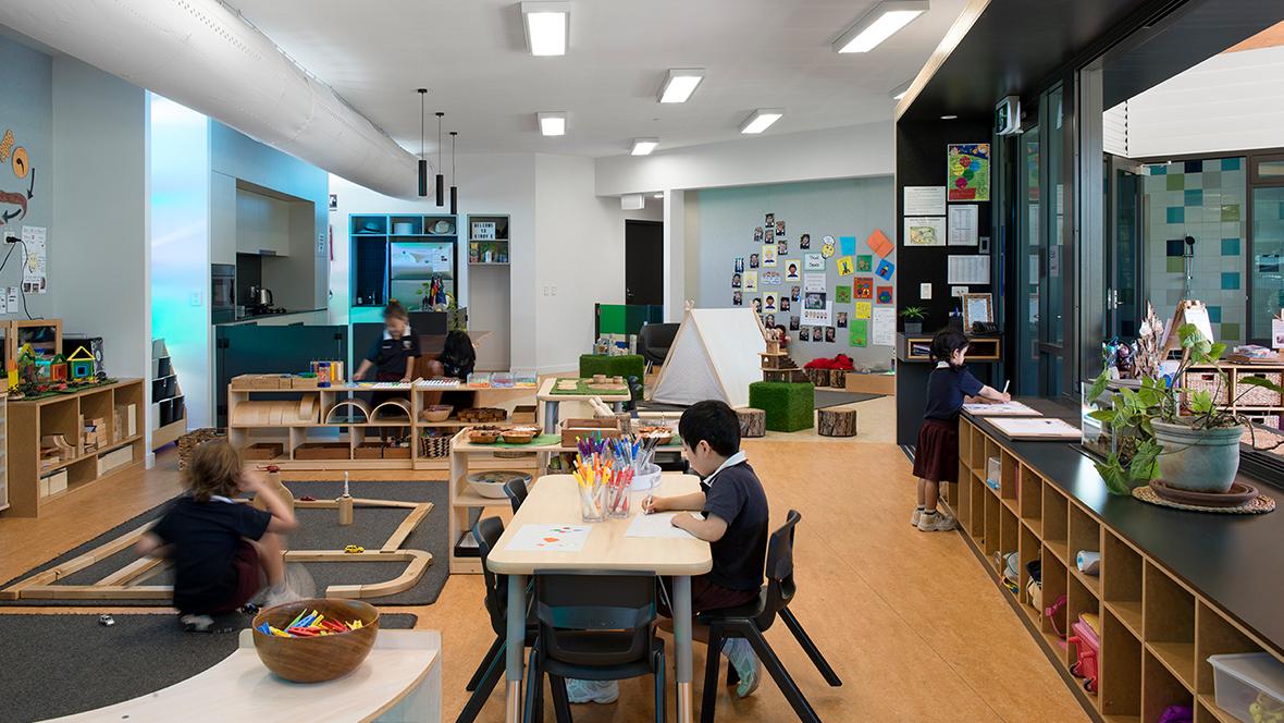 John Paul College Kindergarten - Marmoleum 2707, 2767, 3174