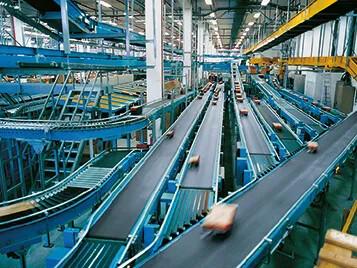 Transilon conveyor belts in a distribution centre