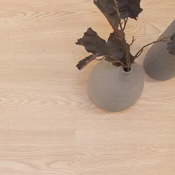 Forbo Laminate XLNT Living-House 222410 Calm Oak Beige Plank Close Up