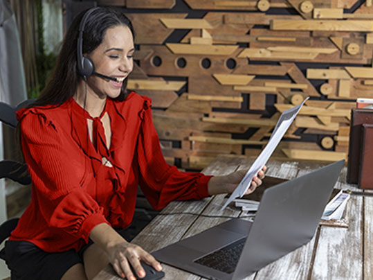 Online meetings and conference calls, Photo: Ron - AdobeStock