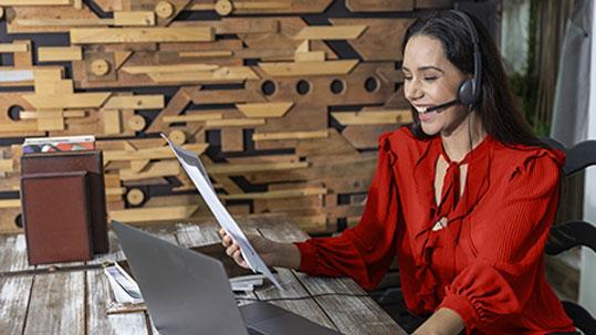 Meetings, Telco, Communication - foto: Ron Adobe Stock