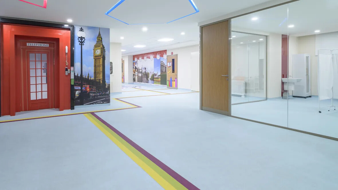 Bahçeşehir College Sphera Element | Forbo Flooring Systems