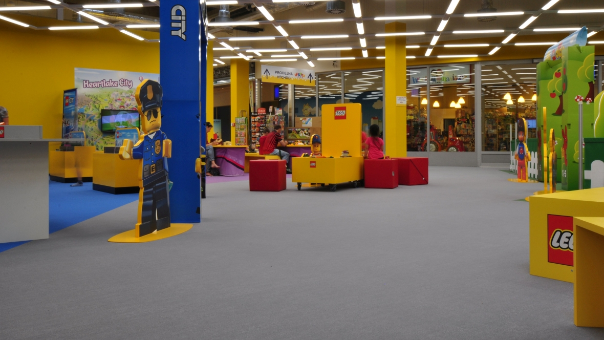 Toy-shop Bambule 02