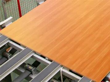 家具部件上漆系统的西格林完美输送淋漆带