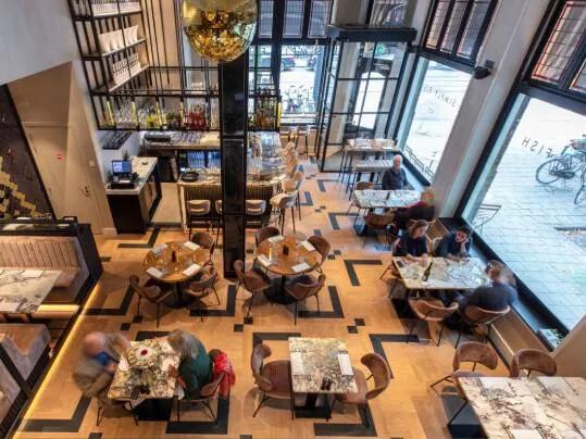 Acoustics in bars and restaurants | photographer: Michael van Oosten