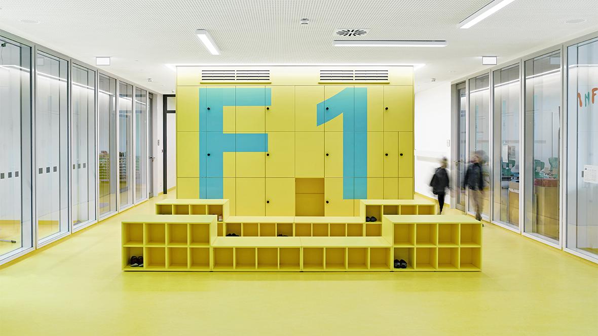 Forbo_Schulzentrum-Gerastraße_Muechen_Beckerlacour