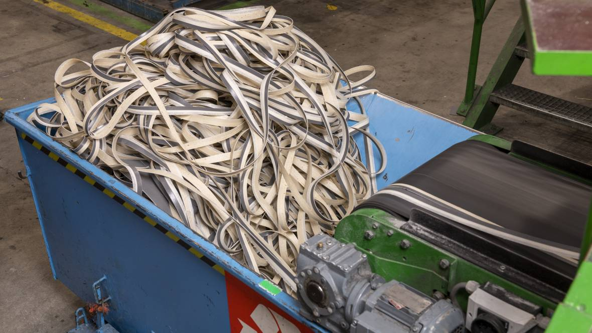 Coevorden factory | collection of production waste at production lines