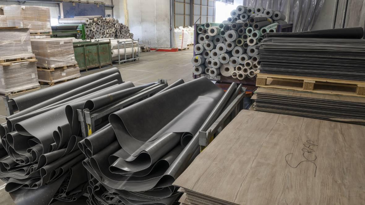 Coevorden factory | gathering material in scrap warehouse
