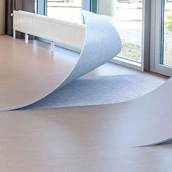 Revêtement de sol PVC compact non collé Modul'up compact | Forbo Flooring Systems
