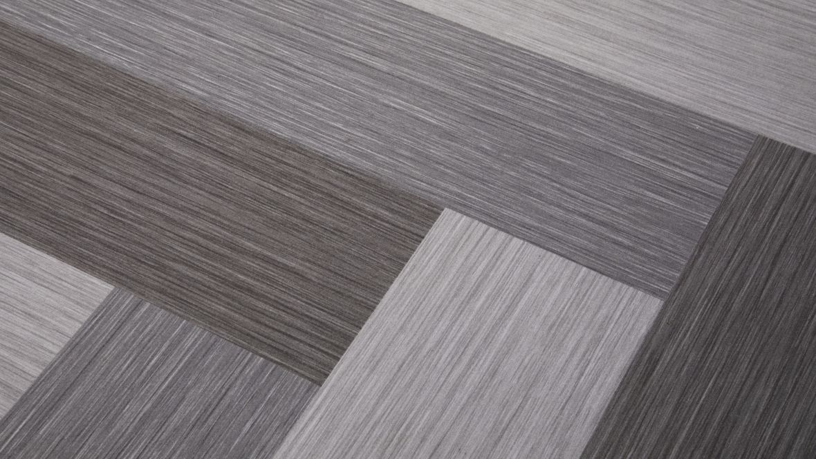 Compact Kältetechnik GmbH Dresden Close-up geflockter Boden – Forbo Flotex Planks Seagrass